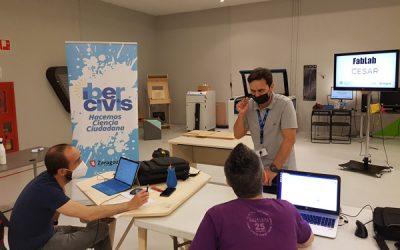 Taller de fabricación de maceteros artísticos en los Laboratorios CESAR de Etopia, dentro de Vigilantes Del Aire